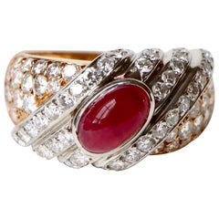 Tabbah Ring in 18 Karat Yellow Gold and Platinum Cabochon Ruby and Diamonds