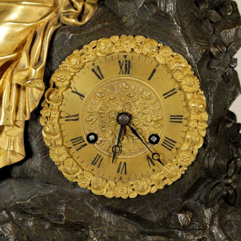 Table Clock In Good Condition For Sale In Milano, IT