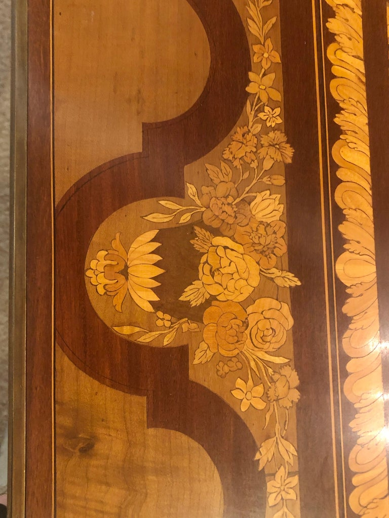 Wood Table De Salon, attributed to Francois Linke Centre Table Louis XV Style For Sale