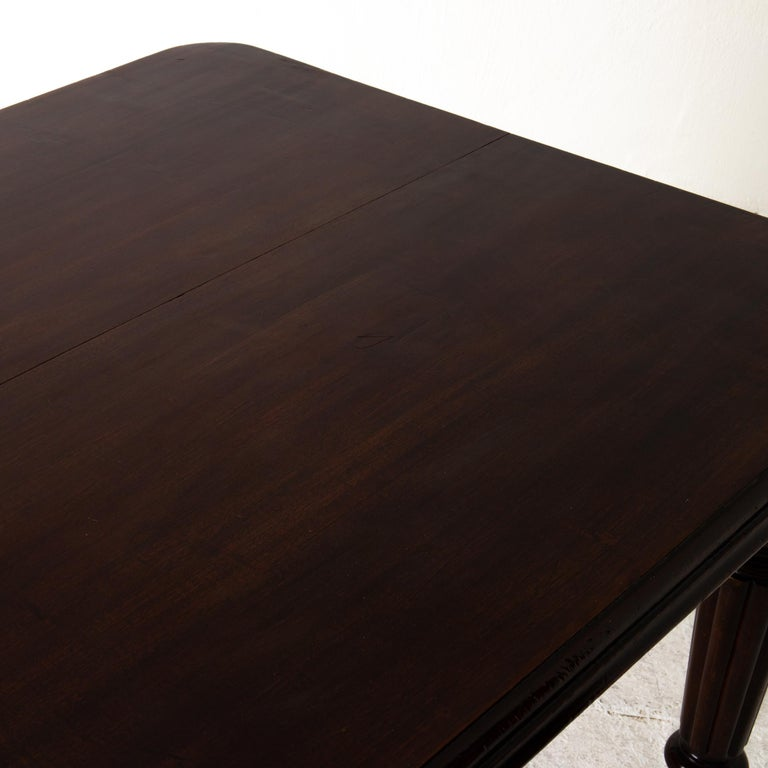 Table Dining Table English Dark Brown Mahogany, 19th Century, England For Sale 5