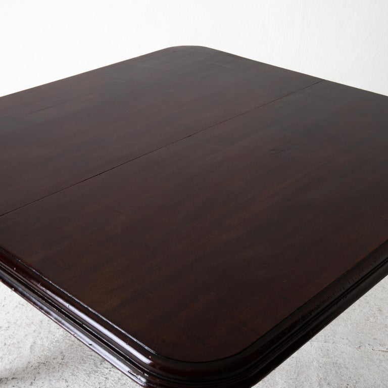 Table Dining Table English Dark Brown Mahogany, 19th Century, England For Sale 7