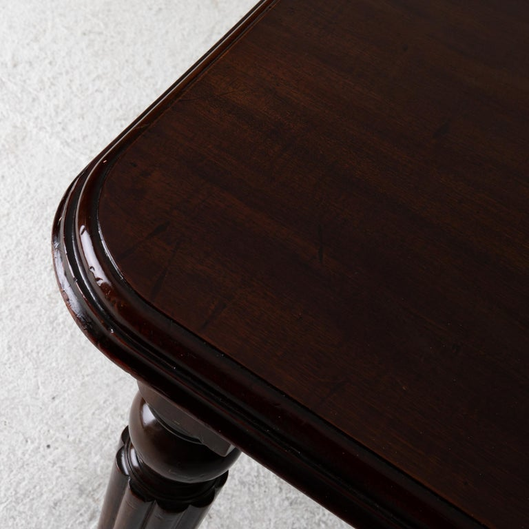 18th Century Table Dining Table English Dark Brown Mahogany, 19th Century, England For Sale
