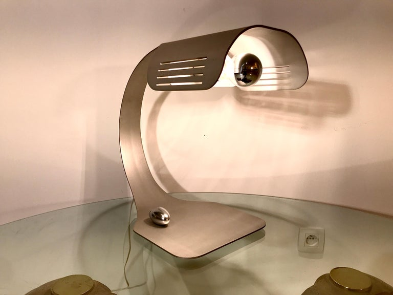 Aluminium 'Colomba' table lamp with wireless switch by Walter et Moretti, France, 1970s. Table lamp with wireless switch by Walter and Moretti. Original conditions.