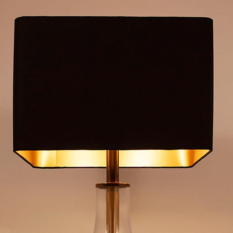 Lumica Midcentury Golden Brass and Glass Table Lamp with Black Shade, 1970s In Good Condition For Sale In Barcelona, Cataluna