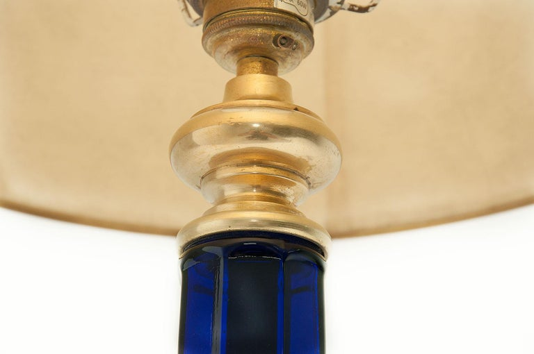 American Classical Table Lamp in Blue Glass and Brass, Large, 1970, in the Murano Style For Sale