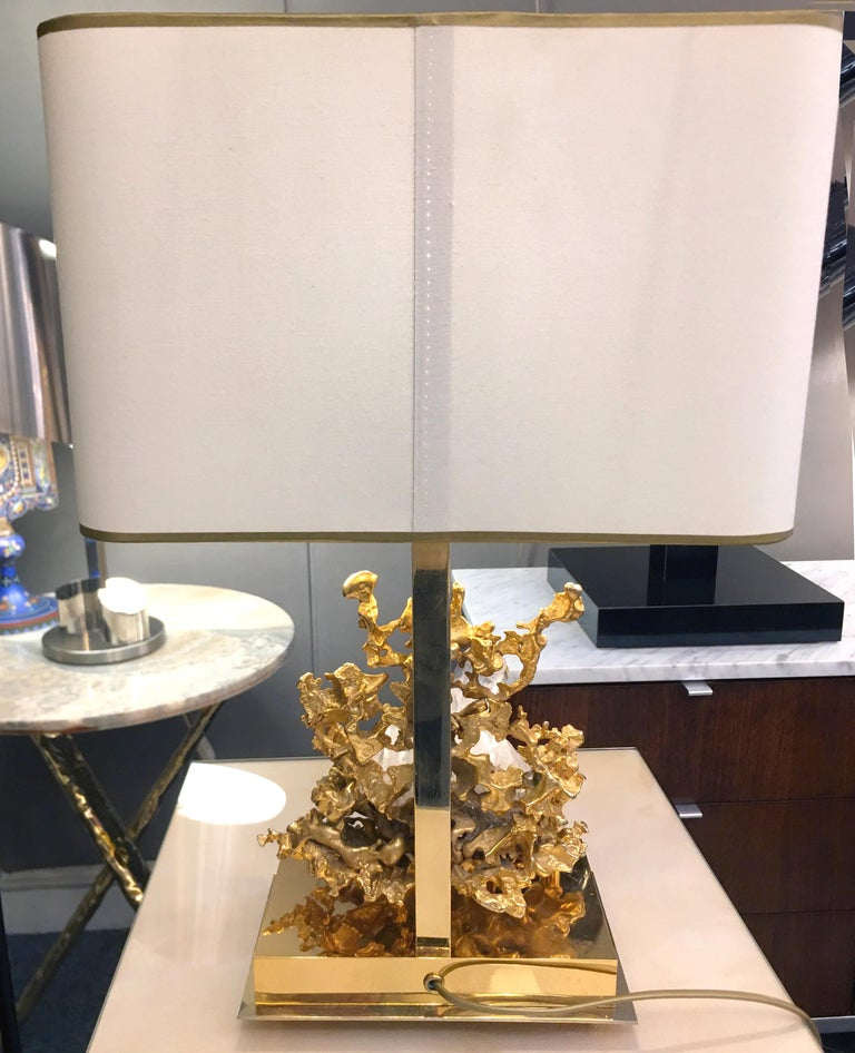 French Table Lamp in Gilded Bronze and Rock Crystal, Claude-Victor Boeltz Paris For Sale