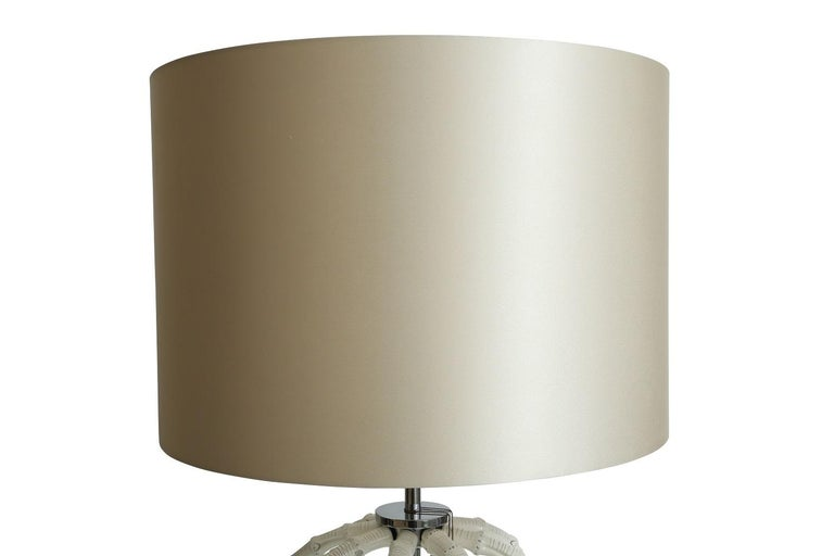 Modern Table Lamp in Natural Bamboo Lacquered in Ivory by Riviere Italy, Made in Italy For Sale