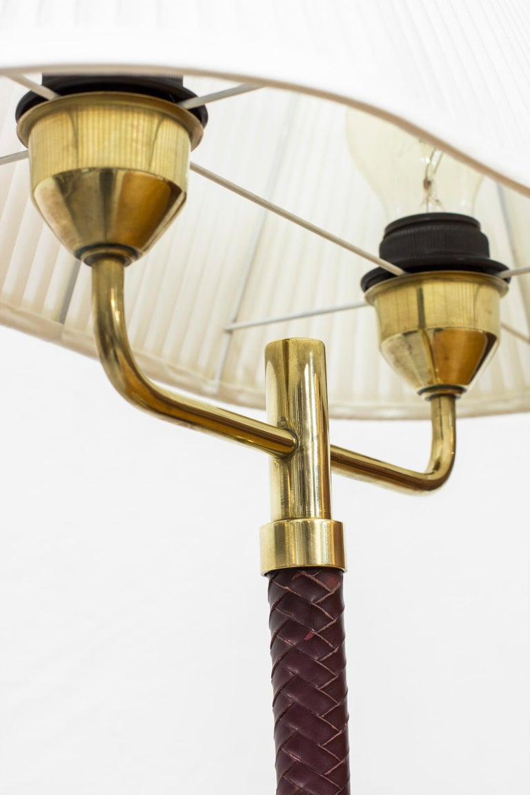 Mid-20th Century Table Lamp Produced by Karlskrona Lampfabrik in Sweden, 1940s-1950s For Sale