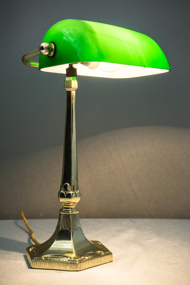 Table Lamp with Green Glass in the Style of Jugendstil For Sale 9