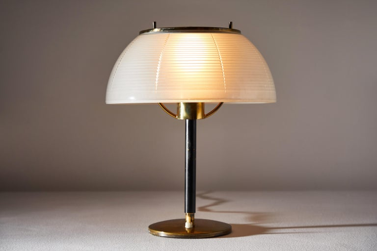 Mid-Century Modern Table Lamp by Tito Agnoli for Oluce For Sale