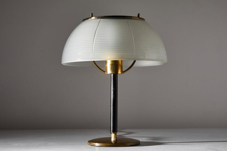 Enameled Table Lamp by Tito Agnoli for Oluce For Sale