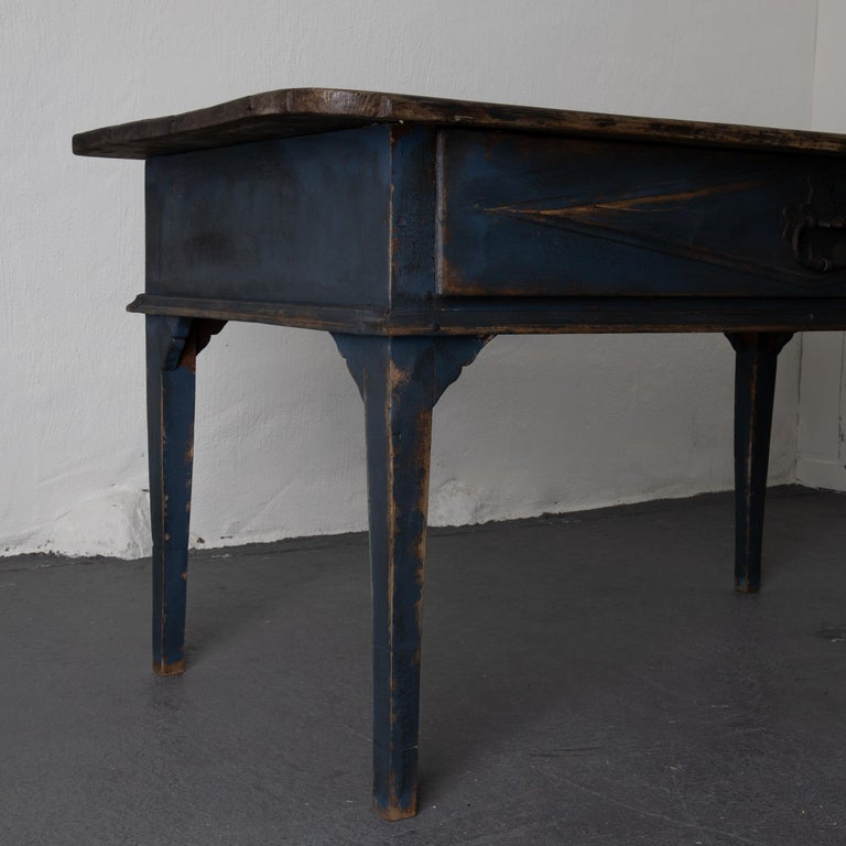 Table Swedish Black Blue, 19th Century, Sweden In Good Condition For Sale In New York, NY
