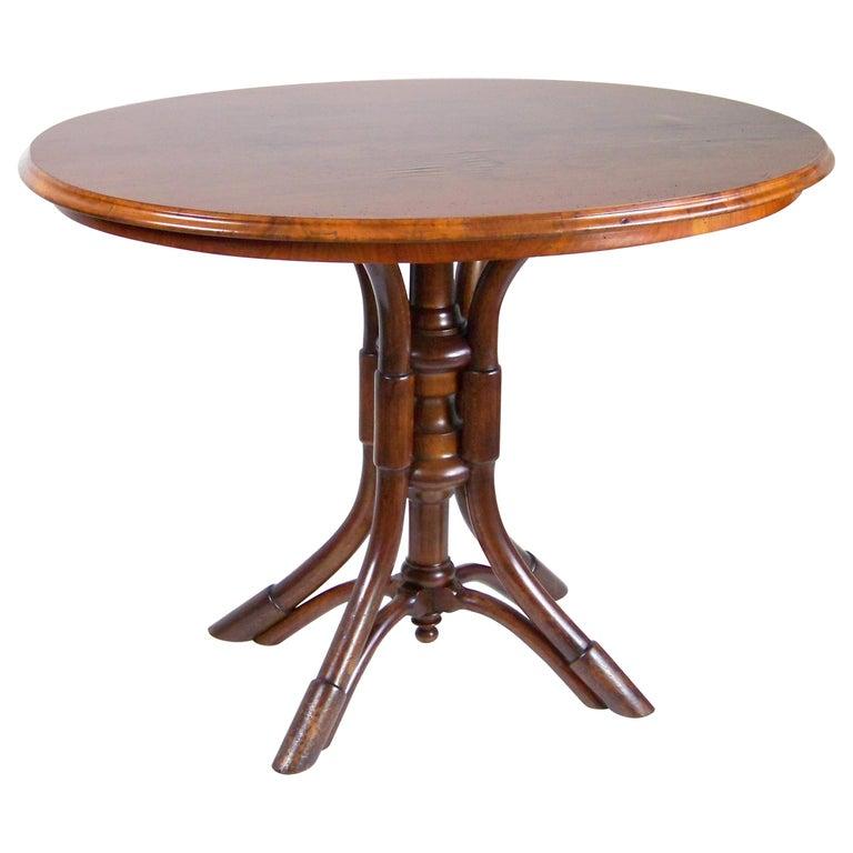 Table Thonet Nr.56, circa 1885