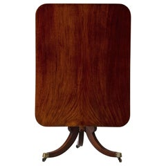 Table Tilt-Top English Mahogany, 18th Century