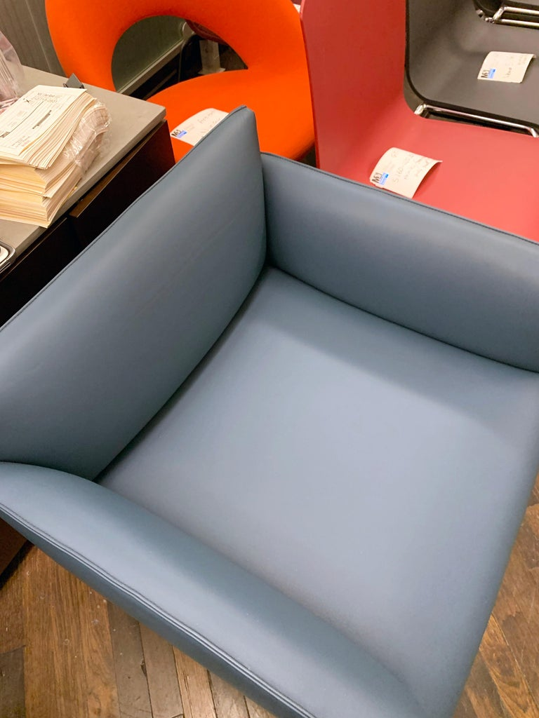 Tacchini Chill Out Blue Armchair by Gordon Guillaumier In Good Condition For Sale In New York, NY