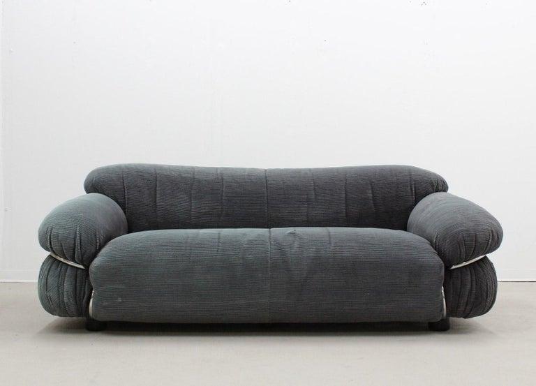 Tacchini Sesann Armchair Designed by Gianfranco Frattini For Sale 6