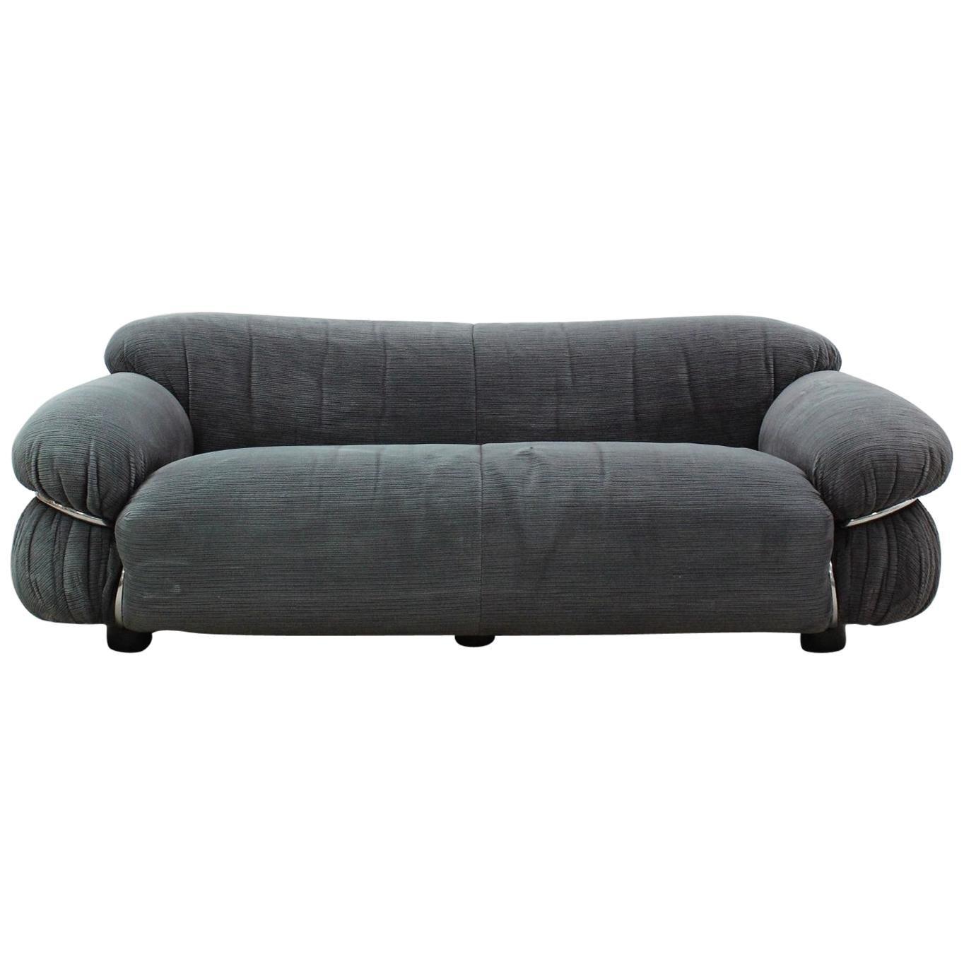 Tacchini Sesann Sofa Designed by Gianfranco Frattini with Chrome Frame