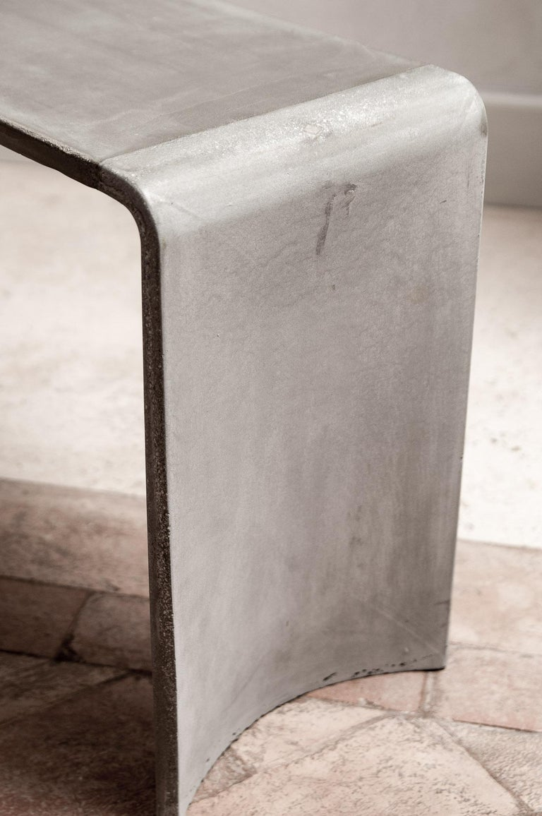 Tadao 120 Concrete Contemporary Low Console Table, 100% Handcrafted in Italy In New Condition For Sale In Rome, Lazio