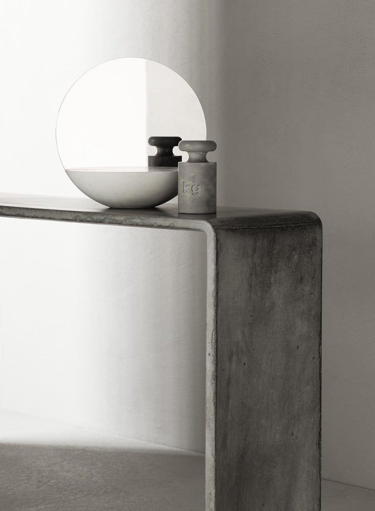 Modern Tadao Alto Concrete Contemporary Console, 100% Handcrafted in Italy For Sale