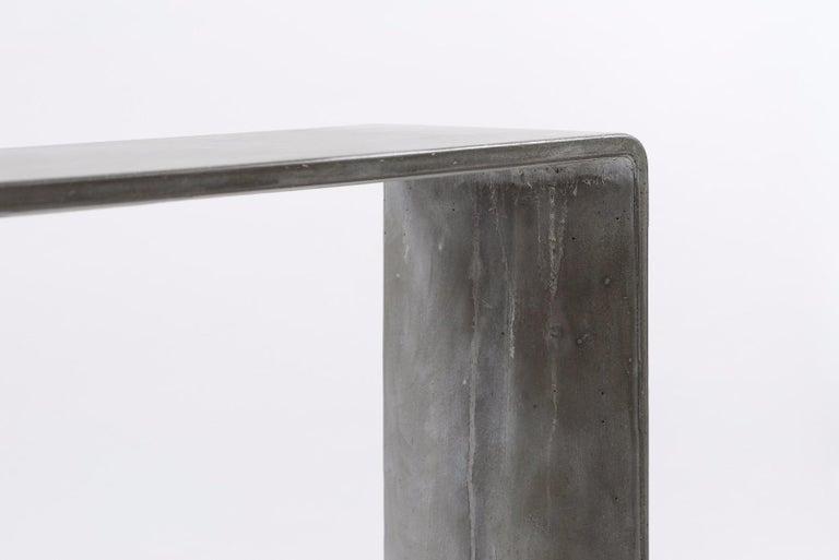 Tadao Alto Concrete Contemporary Console, 100% Handcrafted in Italy 7