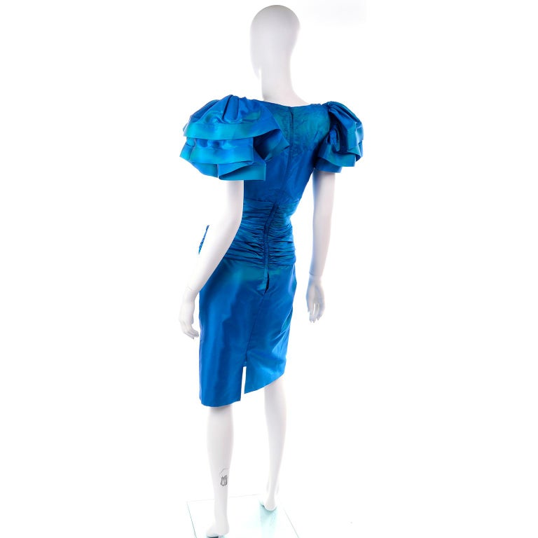 Women's Tadashi 1980s Vintage Iridescent Blue Pleated Evening Dress W Ruffle Sleeves For Sale