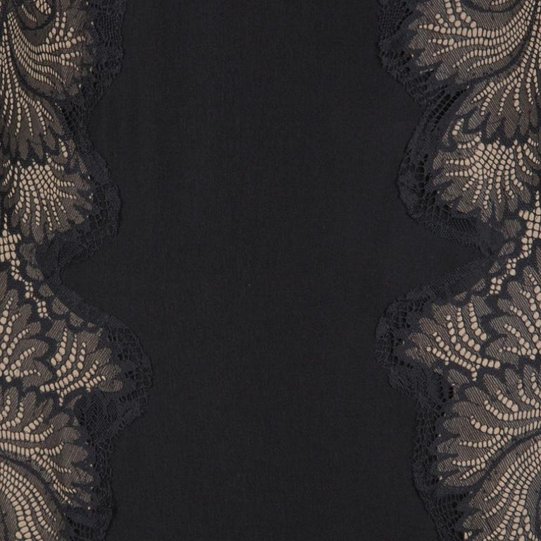 Women's Tadashi Shoji Black Lace Applique Side Panel Detail Sleeveless Gown S For Sale