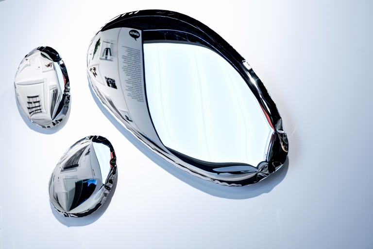 Tafla O1 Mirror in Polished Stainless Steel by Zieta In Excellent Condition For Sale In New York, NY