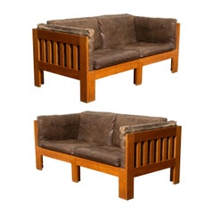Tage Poulsen Pair of Model TP632 Oak and Patinated Leather Sofas, circa 1962