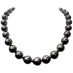 Tahitian Baroque Pearl Strand Necklace 14 Karat White Gold