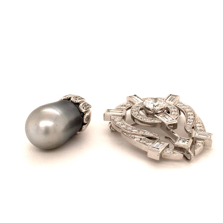 Tahitian Cultured Pearl and Diamond Pendant Brooch in Platinum For Sale 2