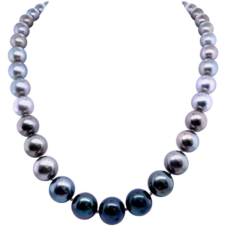 Tahitian Ombre Pearl Necklace 14 Karat White Gold For Sale