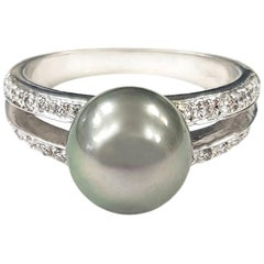 Tahitian Pearl and Diamond 18 Karat Gold Ring