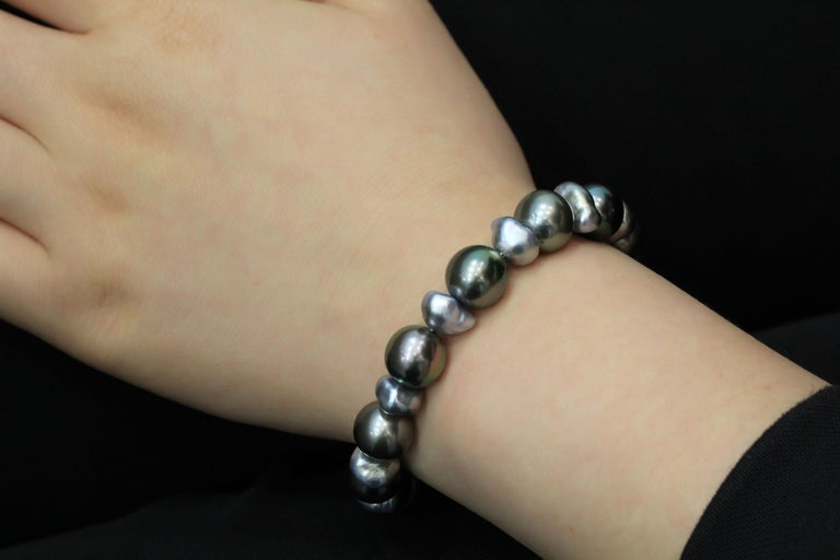 Tahitian Pearl Bracelet In New Condition For Sale In Macau, MO