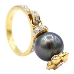 Tahitian Pearl Charm Dangle Gold Diamond Motif Ring