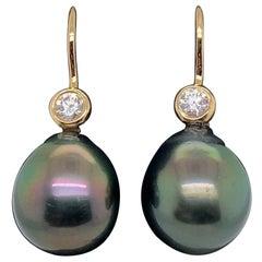 HARBOR D. Tahitian Pearl Diamond Drop Earrings 0.20 Carat 18 Karat Yellow Gold