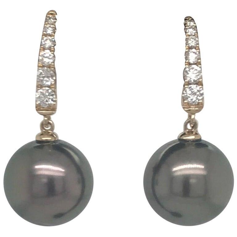 Tahitian Pearl Diamond Drop Earrings 0.30 Carat 14 Karat For Sale