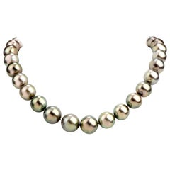 Tahitian Pearl Diamond Tapering Strand Necklace