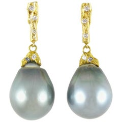 Tahitian Pearl Earrings in Yellow Gold with Diamonds