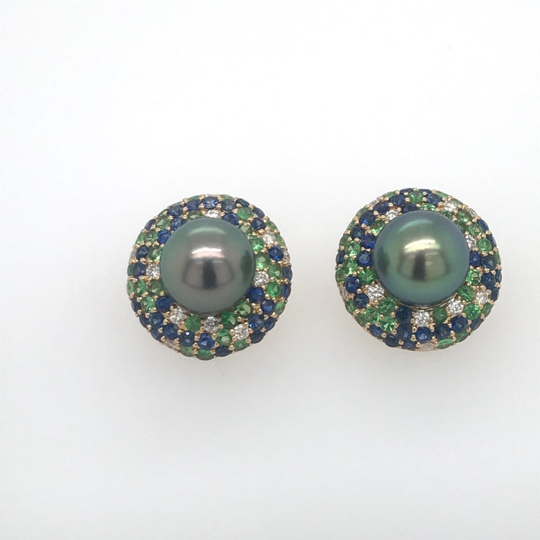 Tahitian Pearl Sapphire and Diamond Earrings 3.87 Carats 18 Karat In New Condition For Sale In New York, NY