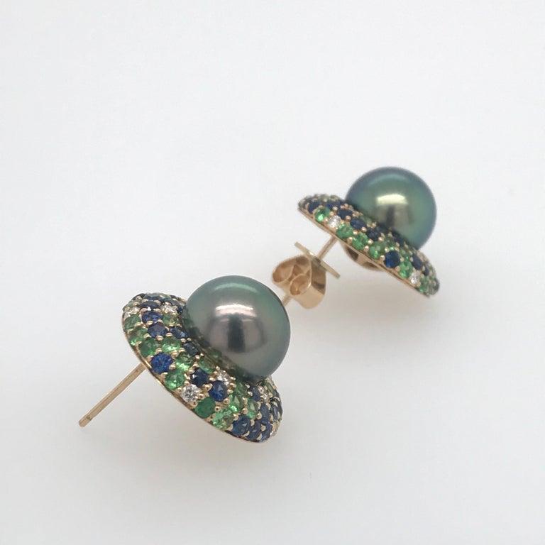 Tahitian Pearl Sapphire and Diamond Earrings 3.87 Carats 18 Karat For Sale 2