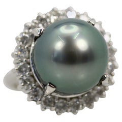 Tahitian South Seas Black Pearl Ring with Diamond Surround