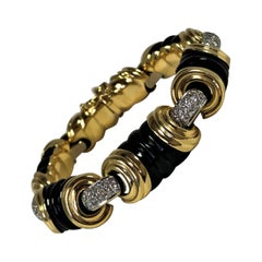 Tailored, Fluted Onyx, Gold and Diamond Bracelet