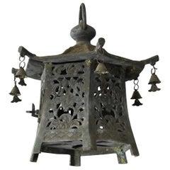 Taisho-Showa Japanese Old Finely Designed Bronze Lamp / Antique Casting Lantern