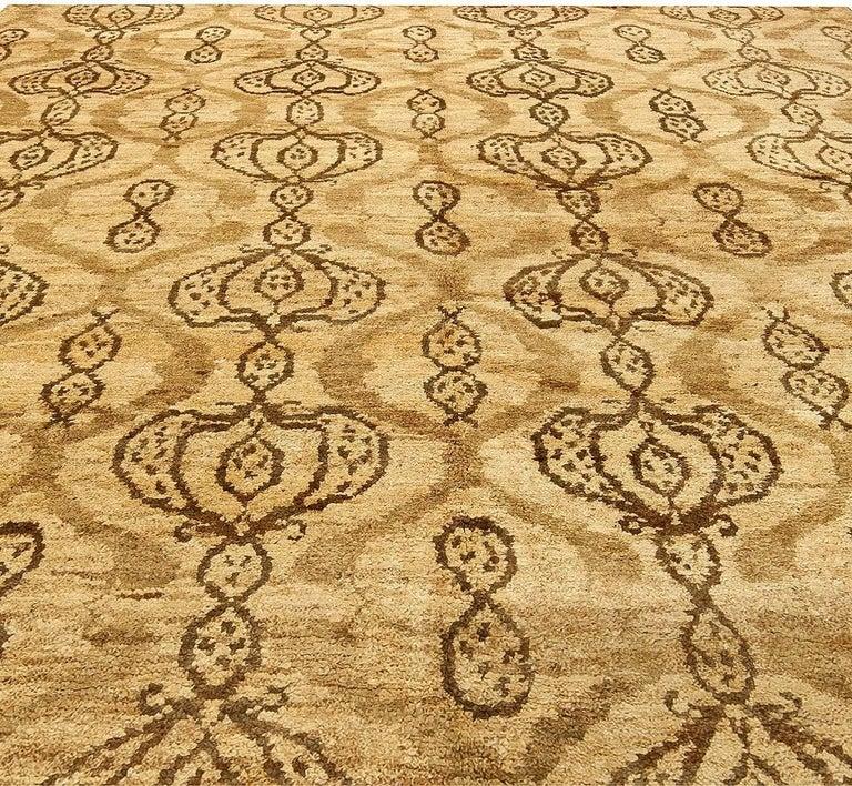 Indian Taj Brown Rug For Sale