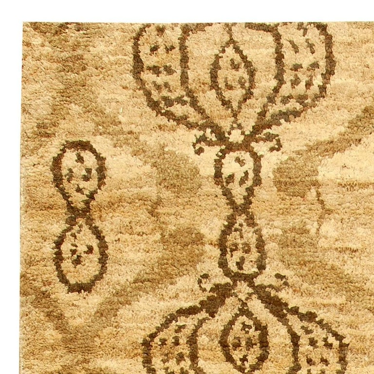 Taj Brown Rug In New Condition For Sale In New York, NY