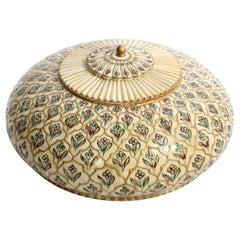 Taj Mahal Round Tea Box
