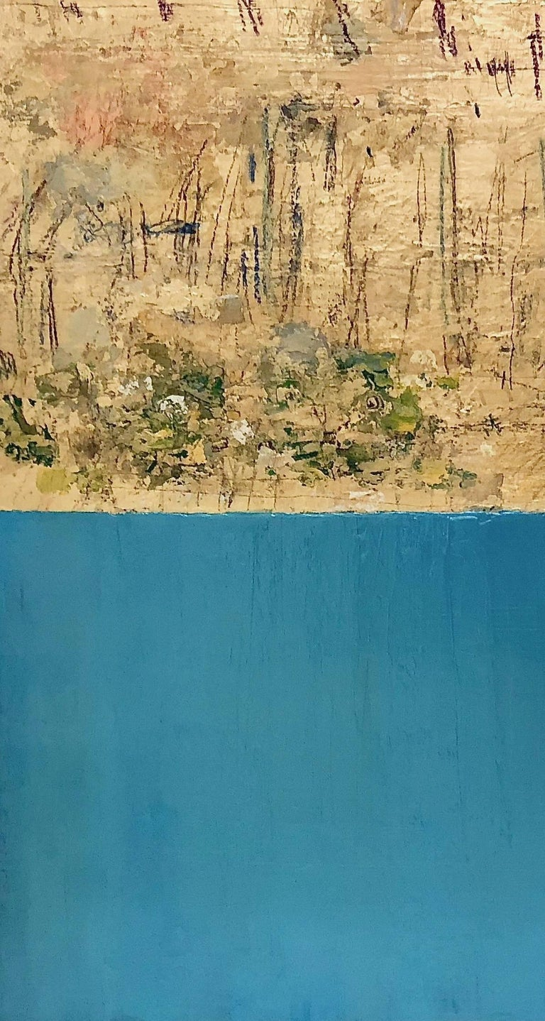 Takefumi Hori paints beautiful gold leaf works.  He was born in Tokyo where he studied calligraphy in Japan. In 2004 he moved to New York where he began painting abstract works of acrylic on canvas.  Since 2009, Takefumi has been making gold
