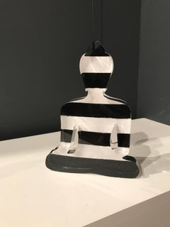 Striped Buddha statue - Black and White
