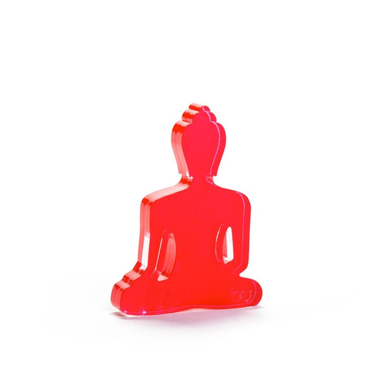This Buddha Duo is a set of 2 Mini bu statues.  It's the perfect gift for someone you love, and want to gift with a meaningful intention. They will start off a conversation and bring a stylish decoration into any home/ office/ studio or business.