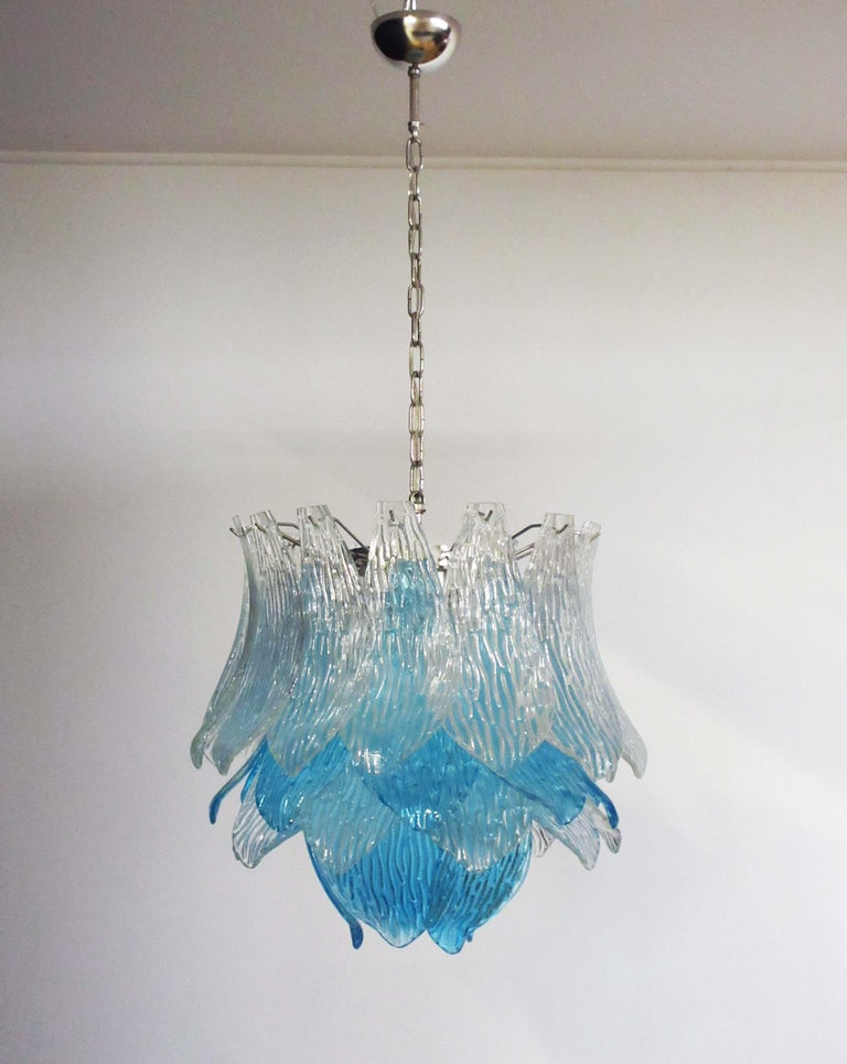 Talian Vintage Murano Glass Chandelier, 38 Glasses, Blue and Trasparent For Sale 5